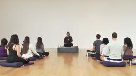 In this group class, Harshada teaches us how we can use meditation to empower ourselves and learn to live from a place of openess and freedom. Includes discussion and guided meditation exercises.