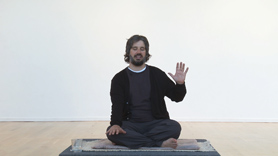 In this meditation, Harshada leads us through the traditional practice of Self Inquiry or Atma Vichara.