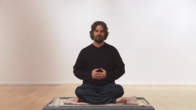 In this meditation, Harshada leads us into a dynamic belly-chakra meditation designed to prepare us to face challenges.
