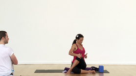 Enjoy this quick 10 min revitalizer which includes seated twist, hip and shoulder opener & core work, finishing with a forward bend.  This clip is taken from a 60min flow class.